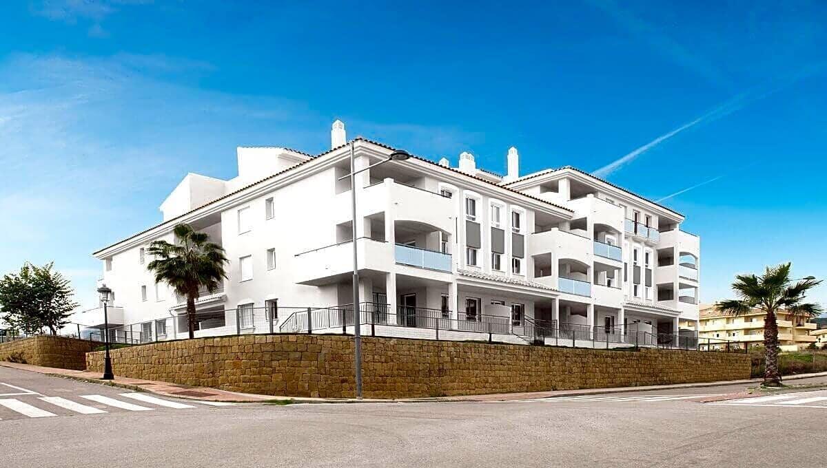 2 bedroom Flat for sale in Manilva - € 144,000 (Ref: 4585456)