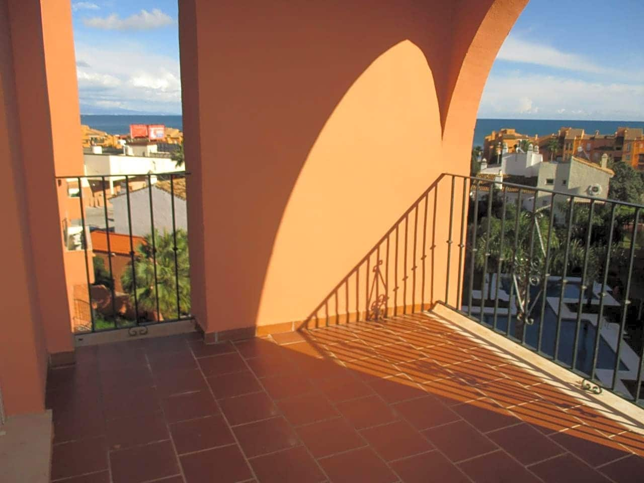 2 bedroom Flat for sale in Manilva with pool - € 145,000 (Ref: 5153220)