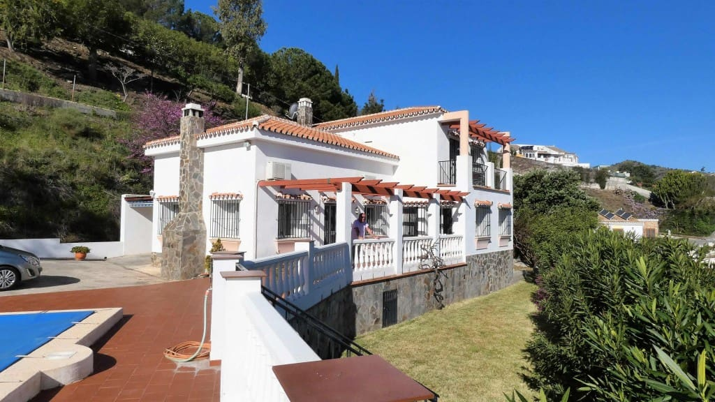 3 bedroom Villa for sale in Nerja - € 495,000 (Ref: 4182204)