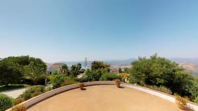 Local Comercial de 17 habitaciones en Periana en venta - 2.500.000 € (Ref: 4773593)