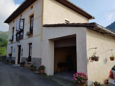 4 bedroom Townhouse for sale in Llanes - € 145,000 (Ref: 4061428)