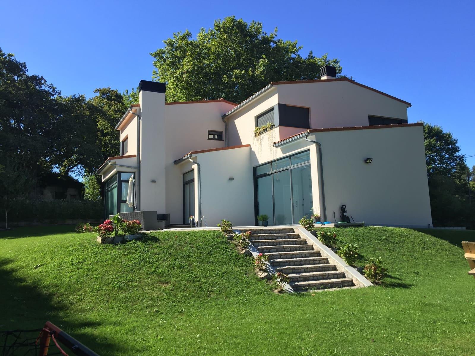 5 sovrum Semi-fristående Villa till salu i Llanes med pool garage - 450 000 € (Ref: 5693757)