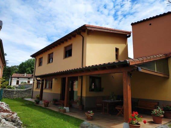 4 sovrum Semi-fristående Villa till salu i Llanes med garage - 270 000 € (Ref: 5723416)
