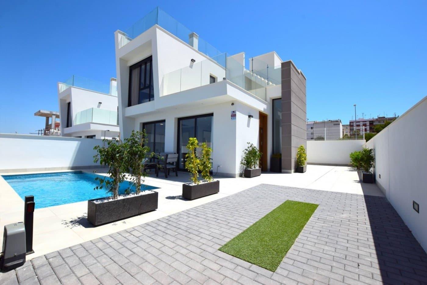 Chalet de 3 habitaciones en Benijófar en venta con piscina - 278.950 € (Ref: 3960558)