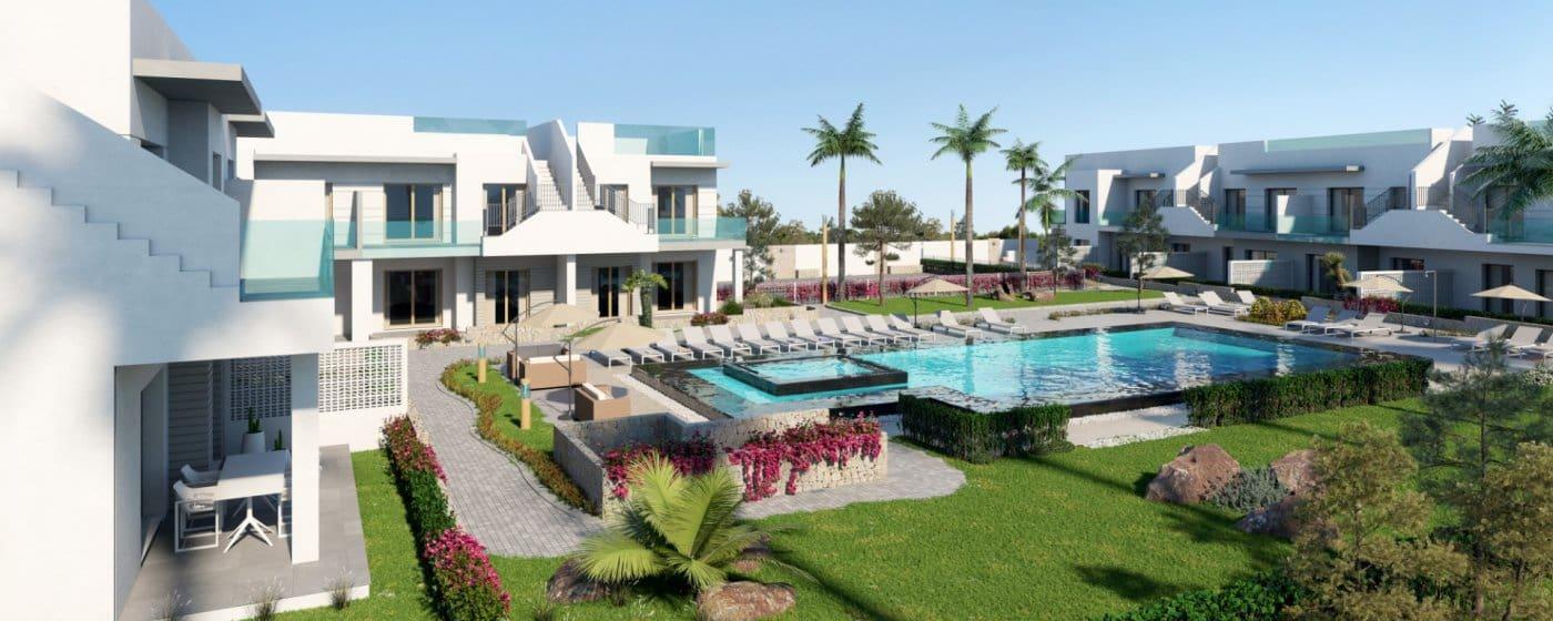 Bungalow de 2 habitaciones en Pilar de la Horadada en venta con piscina - 131.000 € (Ref: 4328420)
