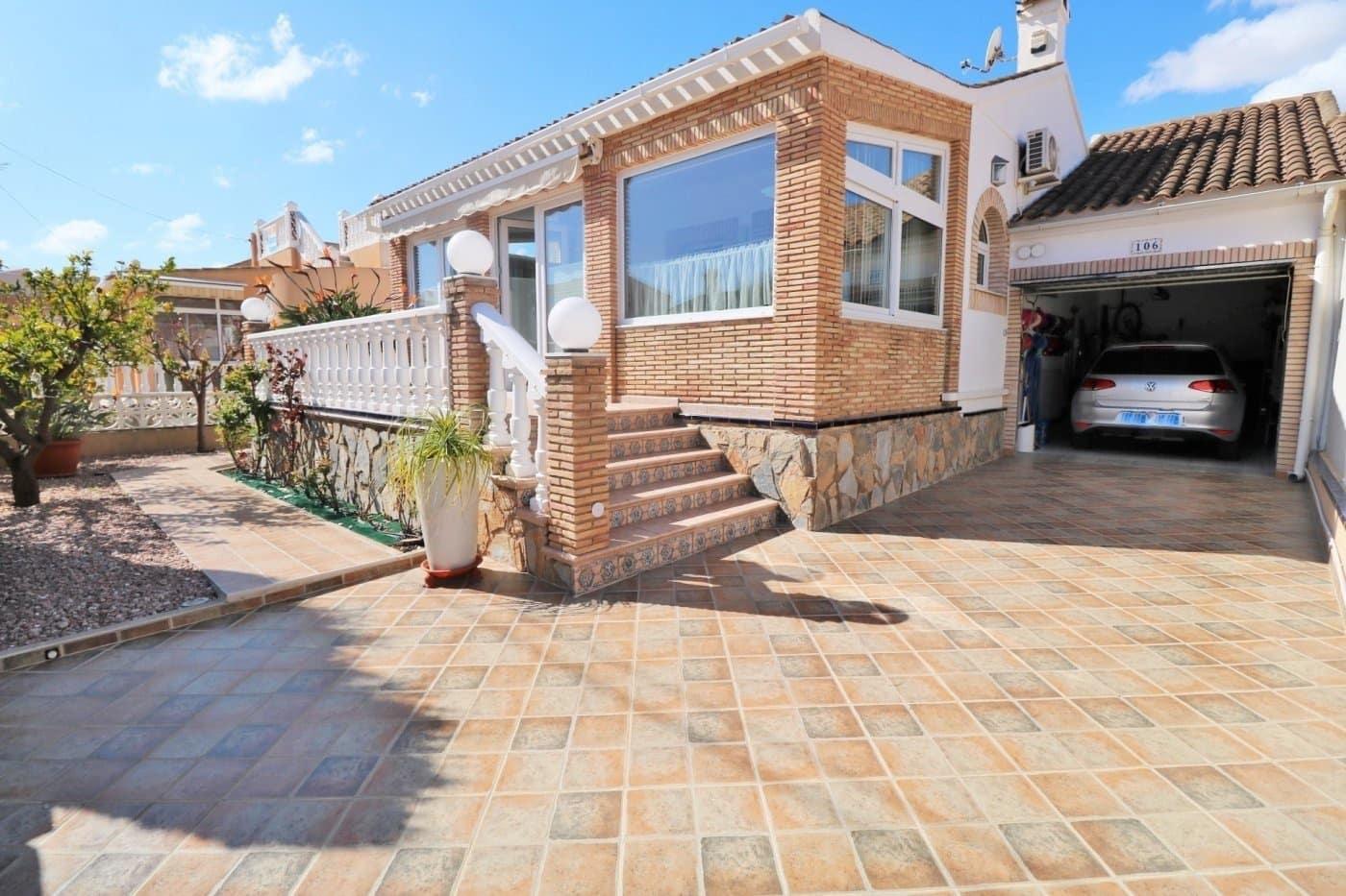 Chalet de 2 habitaciones en Playa Flamenca en venta con piscina - 215.000 € (Ref: 5054837)