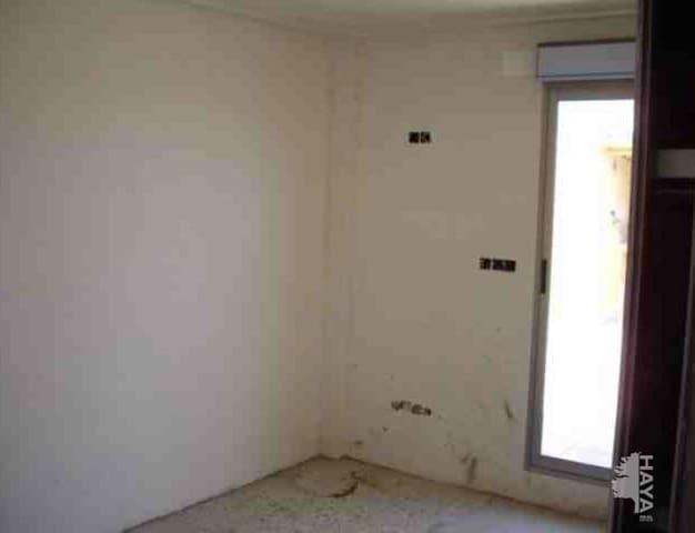 Apartamento de 3 habitaciones en Llaurí en venta - 72.800 € (Ref: 5753564)