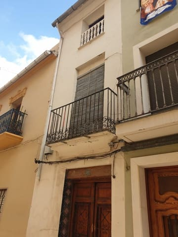 4 soveværelse Byhus til salg i Algemesi - € 49.300 (Ref: 5942567)