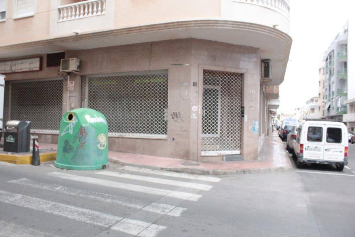 Komercyjne na sprzedaż w Torrevieja - 149 990 € (Ref: 4369536)