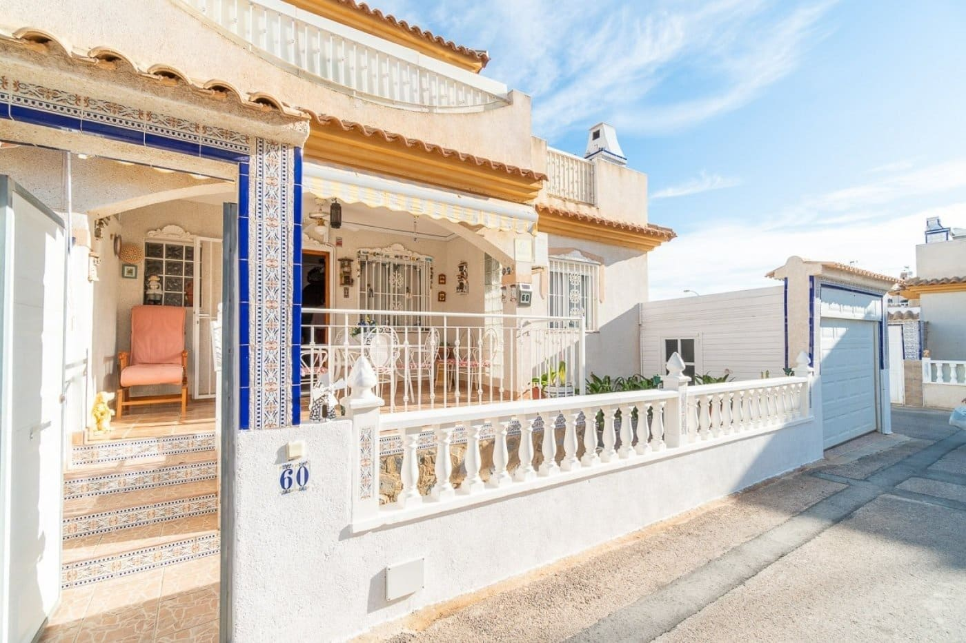Adosado de 3 habitaciones en Playa Flamenca en venta con piscina - 129.900 € (Ref: 5095539)