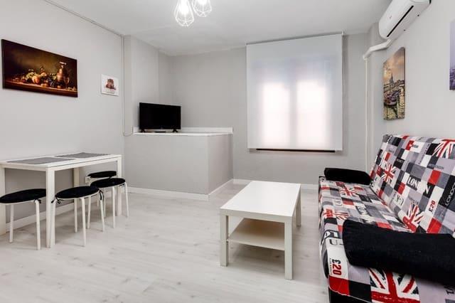 Studio til salgs i Torrevieja med svømmebasseng - € 300 (Ref: 5569342)