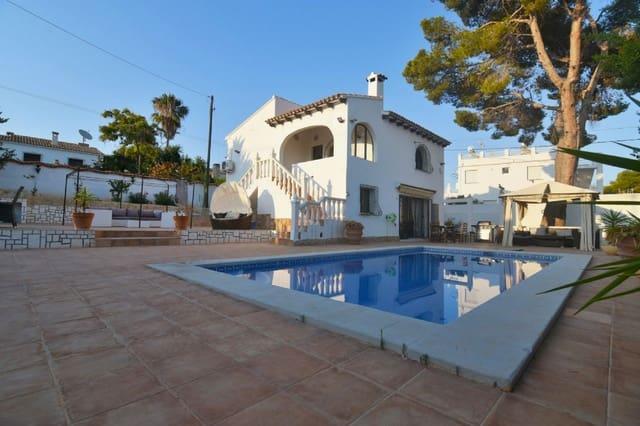 Chalet de 4 habitaciones en Los Pinos en venta con piscina garaje - 320.000 € (Ref: 4103426)