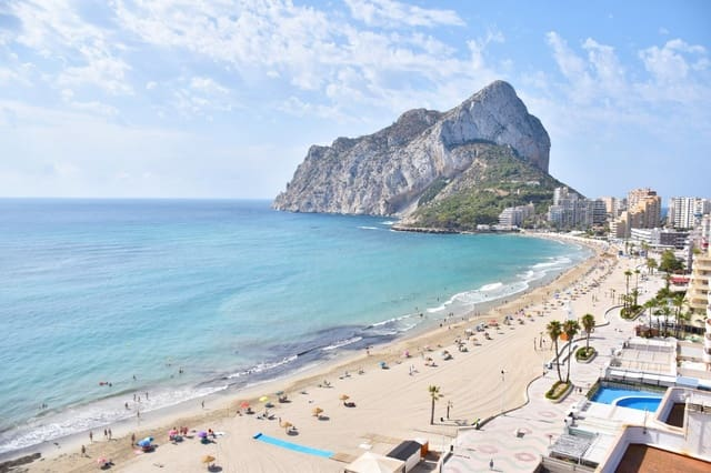 2 bedroom Penthouse for sale in Calpe / Calp with garage - € 550,000 (Ref: 5427979)
