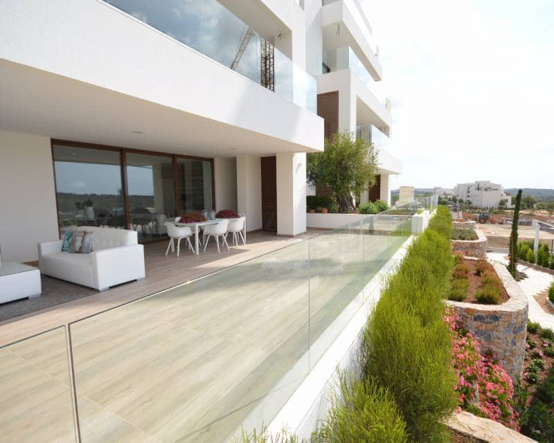 Apartamento de 2 habitaciones en Las Colinas Golf en venta con piscina - 246.000 € (Ref: 3714989)