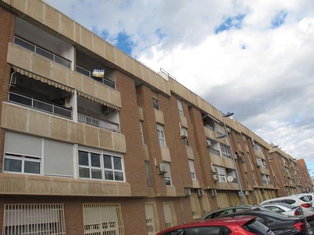 4 soveværelse Lejlighed til leje i Almeria by med garage - € 550 (Ref: 5716447)