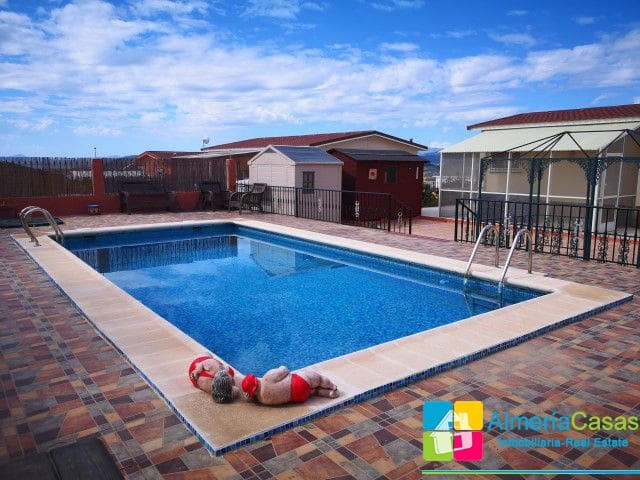 Bungalow de 3 habitaciones en Oria en venta - 69.000 € (Ref: 4662981)