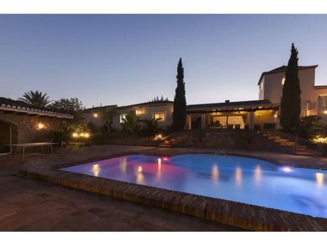 Finca/Casa Rural de 5 habitaciones en Benahavís en venta con piscina - 2.400.000 € (Ref: 4666185)