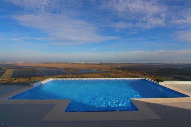 Chalet de 4 habitaciones en Pego en venta con piscina - 459.000 € (Ref: 5268231)