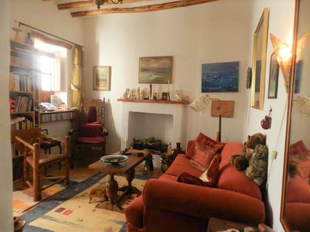 2 bedroom Villa for sale in Izbor - € 70,000 (Ref: 4400771)