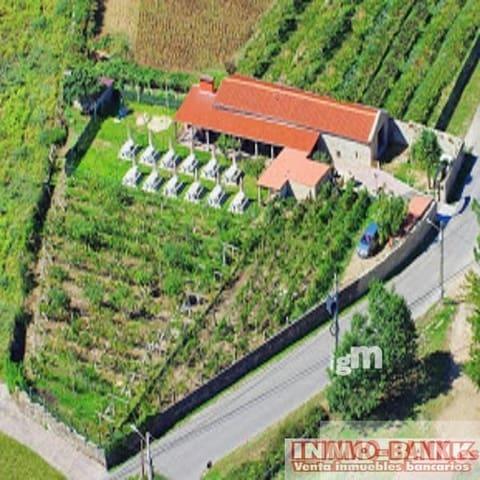Erhverv til salg i Ponteareas - € 130.000 (Ref: 2694059)