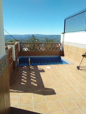 3 soveværelse Rækkehus til salg i Periana med swimmingpool garage - € 184.000 (Ref: 3470999)