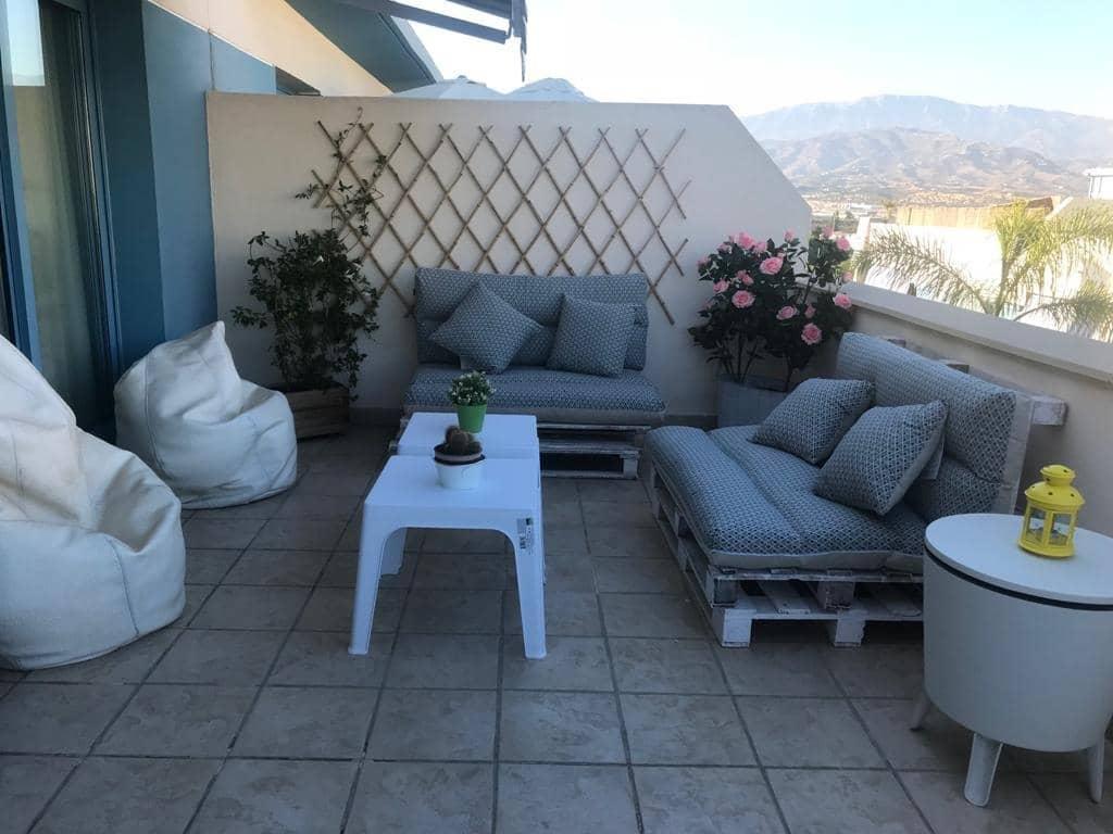 2 sypialnia Penthouse na sprzedaż w Torre del Mar z basenem garażem - 199 500 € (Ref: 5853382)