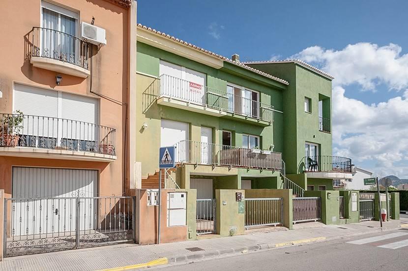 Casa de 4 habitaciones en Beniarbeig en venta - 134.000 € (Ref: 3521356)
