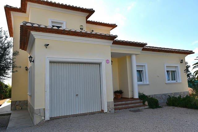 Chalet de 4 habitaciones en Beniarbeig en venta - 375.000 € (Ref: 3693201)