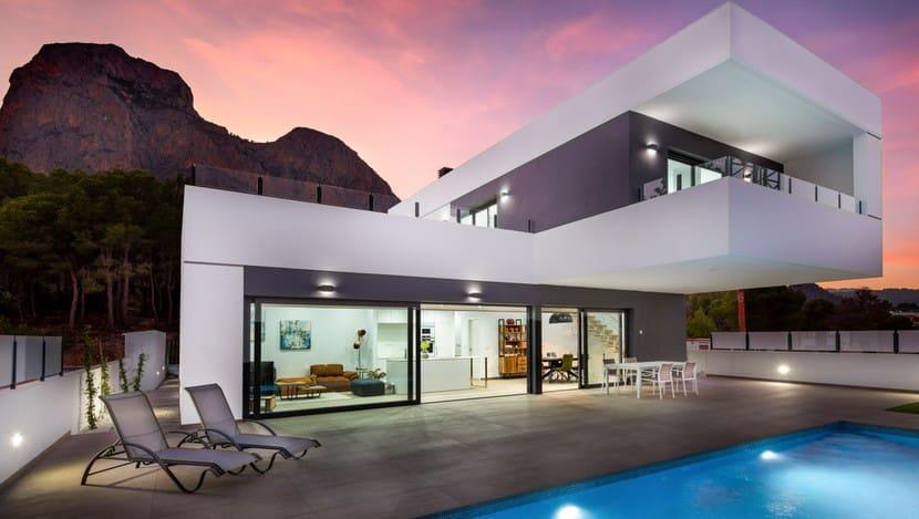Chalet de 3 habitaciones en Polop en venta con piscina - 580.000 € (Ref: 4426120)