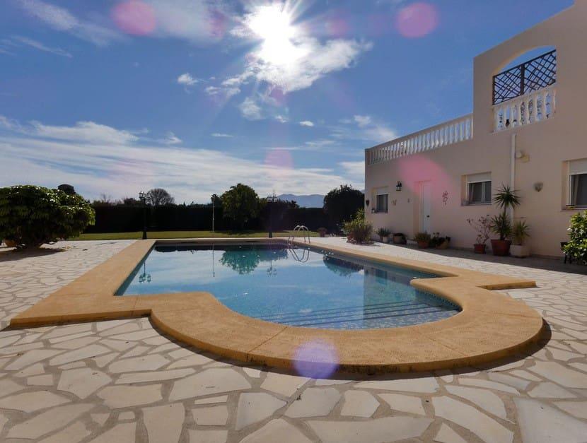 Casa de 3 habitaciones en Ondara en venta con piscina - 175.000 € (Ref: 5072822)