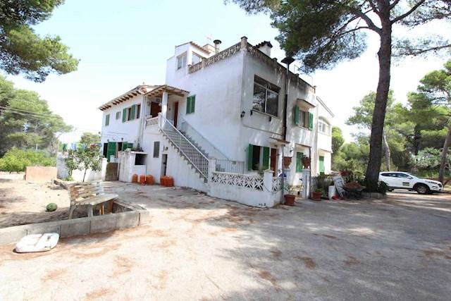 Finca/Casa Rural de 9 habitaciones en Capdepera en venta con garaje - 850.000 € (Ref: 3533265)
