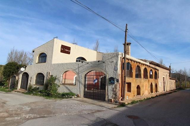 Ladenlokal zu verkaufen in Arta - 600.000 € (Ref: 3695638)