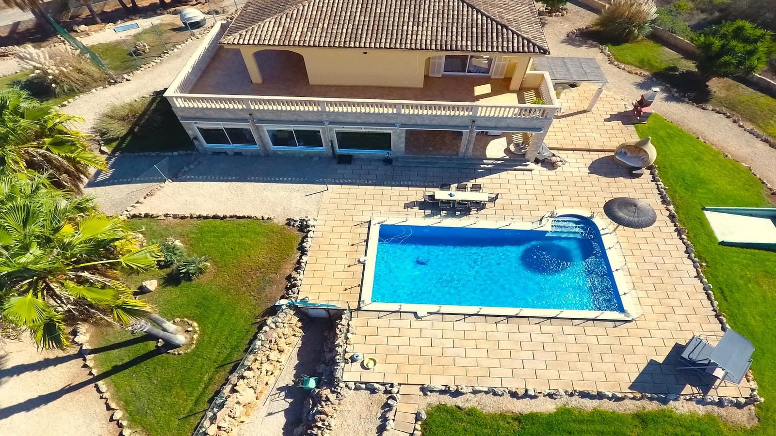 5 Zimmer Reihenhaus zu verkaufen in Santa Margalida mit Pool Garage - 1.380.000 € (Ref: 4837650)