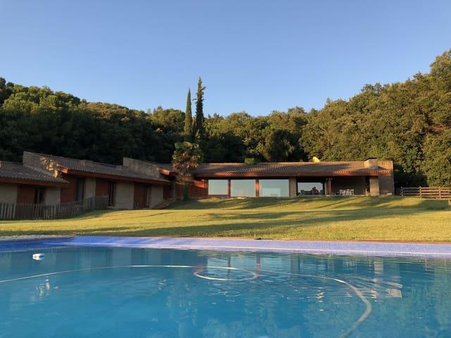 3 slaapkamer Finca/Landhuis te huur in Taradell met zwembad garage - € 2.400 (Ref: 2686017)
