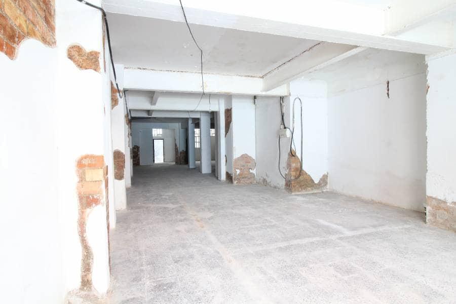 Commercial for rent in Vilanova i la Geltru - € 600 (Ref: 2976060)