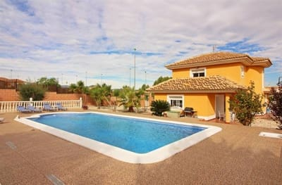 5 bedroom Villa for sale in Calasparra with pool - € 185,000 (Ref: 5146995)