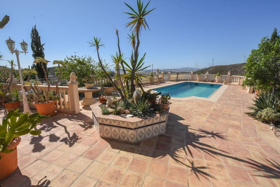 4 bedroom Villa for sale in Aguilas with pool - € 395,000 (Ref: 5146998)