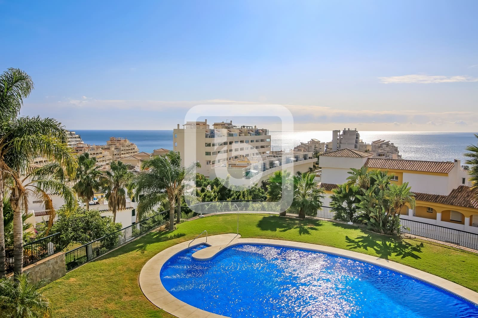 2 bedroom Apartment for sale in Benalmadena with garage - € 192,000 (Ref: 5188568)