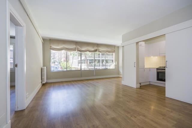 3 makuuhuone Huoneisto vuokrattavana paikassa Barcelona kaupunki - 1 400 € (Ref: 6062866)