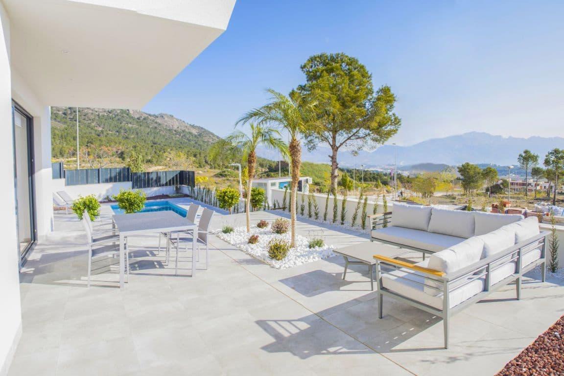 Chalet de 3 habitaciones en Polop en venta con piscina - 304.000 € (Ref: 5097471)