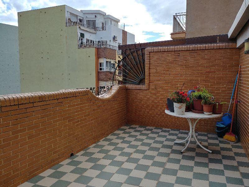 5 slaapkamer Appartement te huur in Castello de la Plana met garage - € 1.200 (Ref: 4038695)