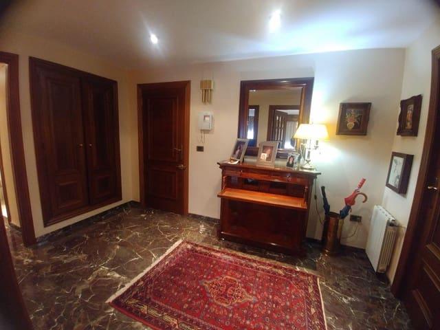 5 soverom Leilighet til leie i Vila-real med garasje - € 700 (Ref: 5910787)