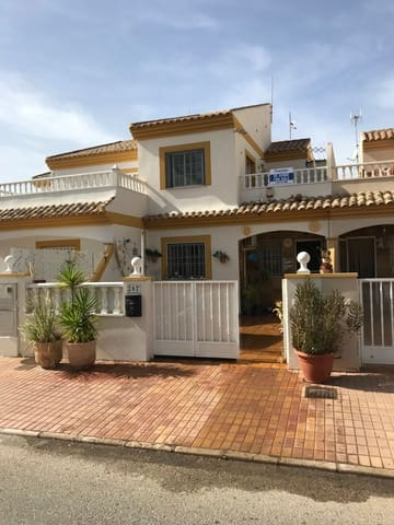 3 slaapkamer Rijtjeshuis te koop in San Pedro del Pinatar met zwembad - € 139.995 (Ref: 5652213)