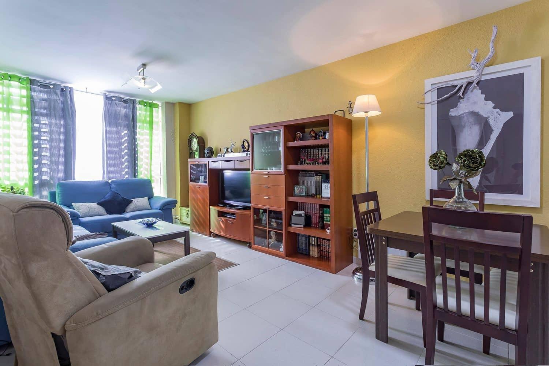3 camera da letto Appartamento in vendita in Almeria citta - 90.000 € (Rif: 4160232)