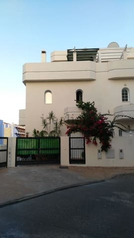 4 soverom Rekkehus til leie i Fuengirola med svømmebasseng garasje - € 2 500 (Ref: 6033967)