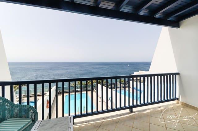 2 bedroom Villa for sale in Puerto Calero with pool garage - € 580,000 (Ref: 4703299)
