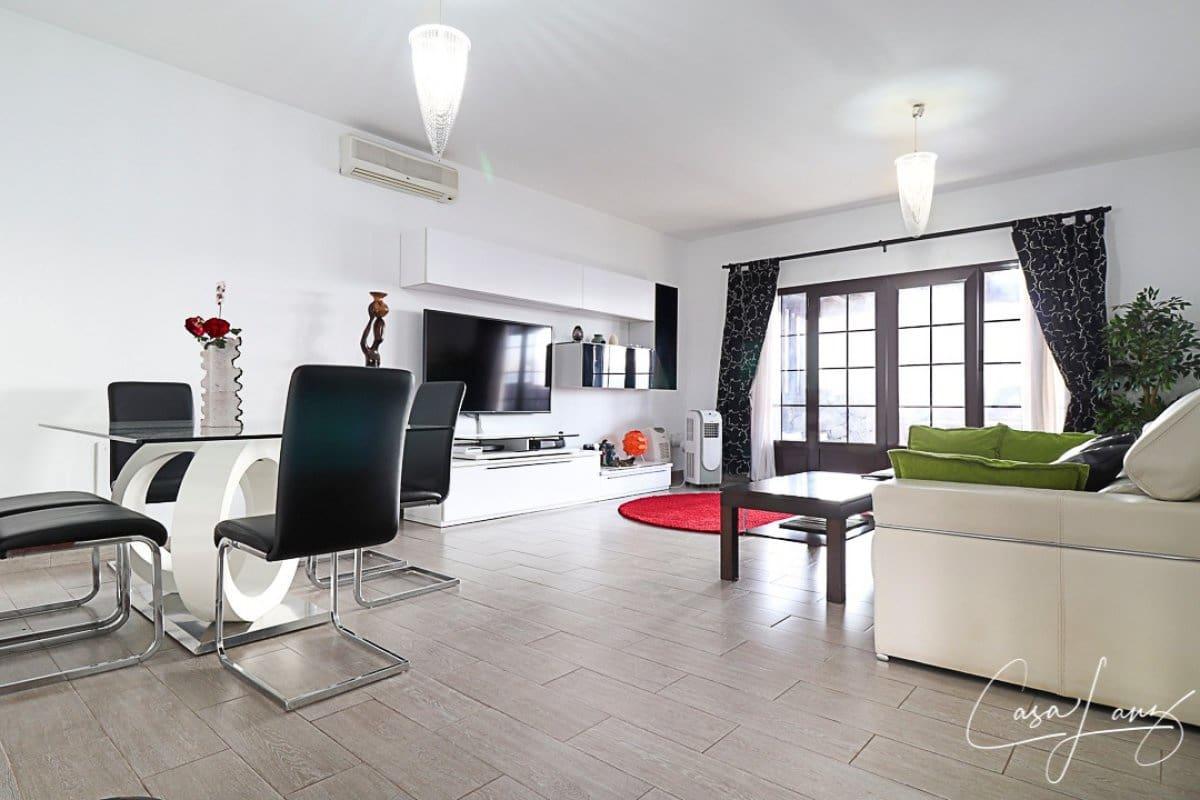 3 bedroom Villa for sale in Costa Teguise - € 285,000 (Ref: 5089767)