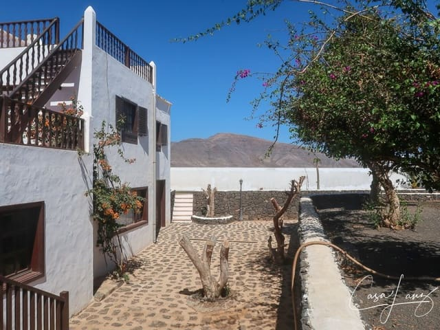 6 Zimmer Villa zu verkaufen in Guatiza mit Garage - 329.000 € (Ref: 5286006)