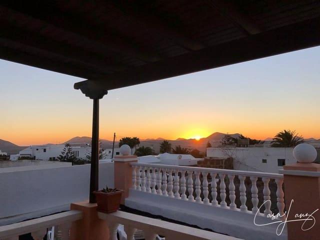 5 bedroom Villa for sale in Teguise - € 370,000 (Ref: 6161116)