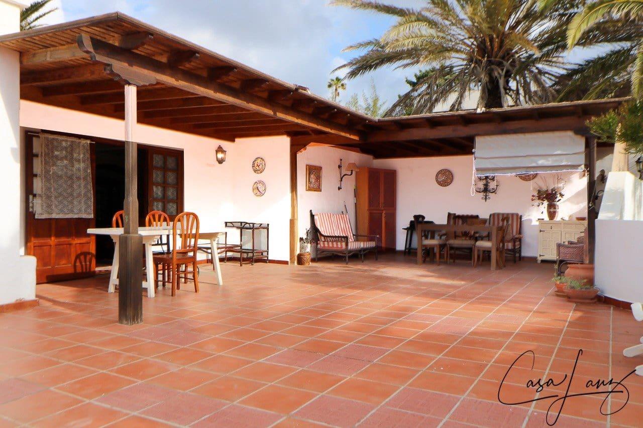 3 bedroom Villa for sale in Nazaret with garage - € 389,000 (Ref: 6161154)